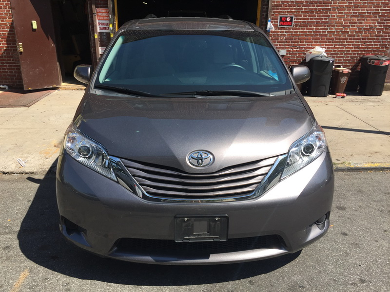 van owned toyota certified sienna inventory pre passenger xle fwd used premium