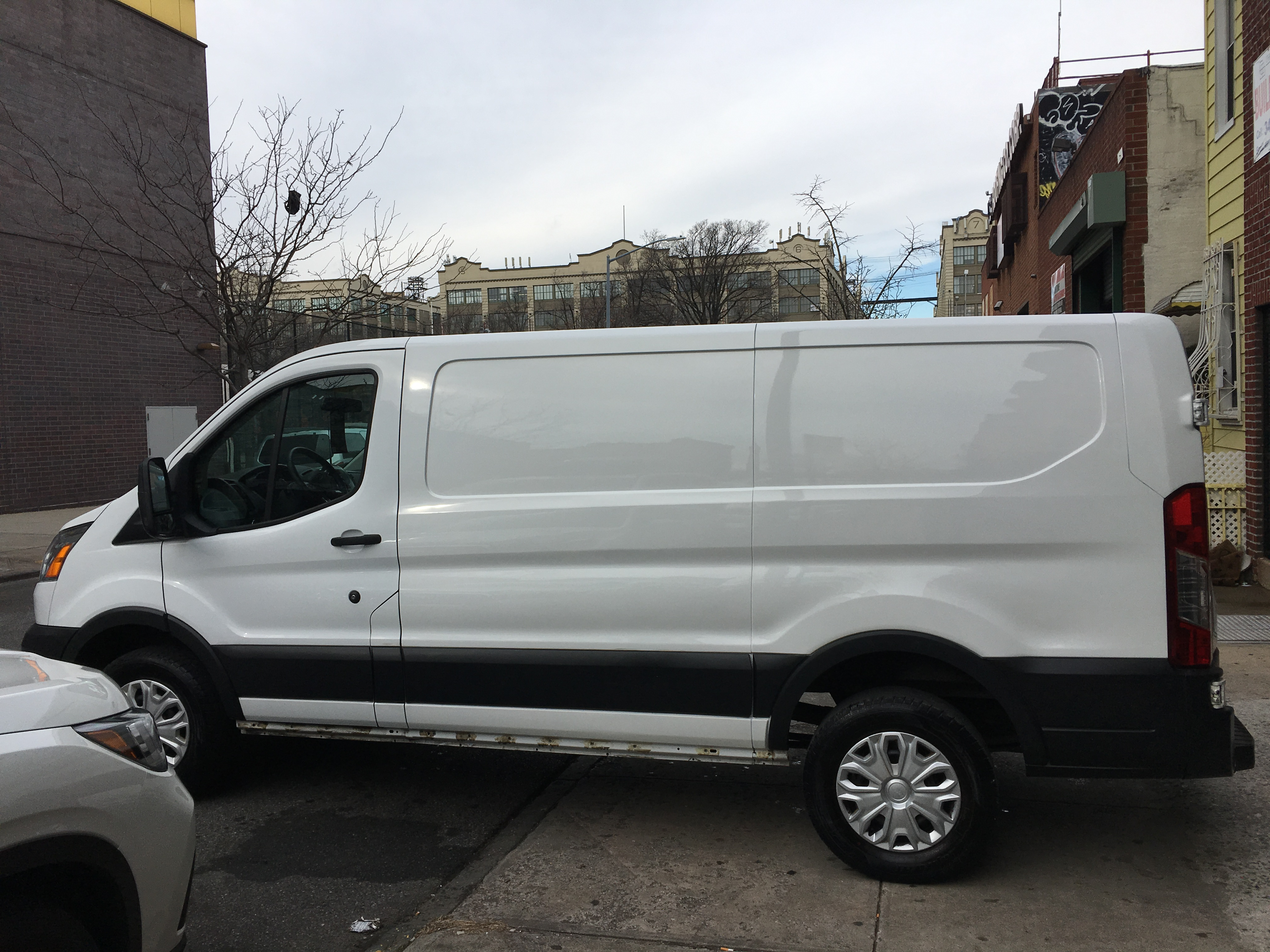 46d56da4f9 2015 FORD TRANSIT 250 VAN LOW ROOF 60 40 PASS.130-IN. WB OXFORD ...