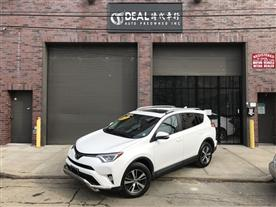 2017 TOYOTA RAV4 XLE AWD SUPER WHITE/NUTMEG, CLOTH 12K MILES STK#10771